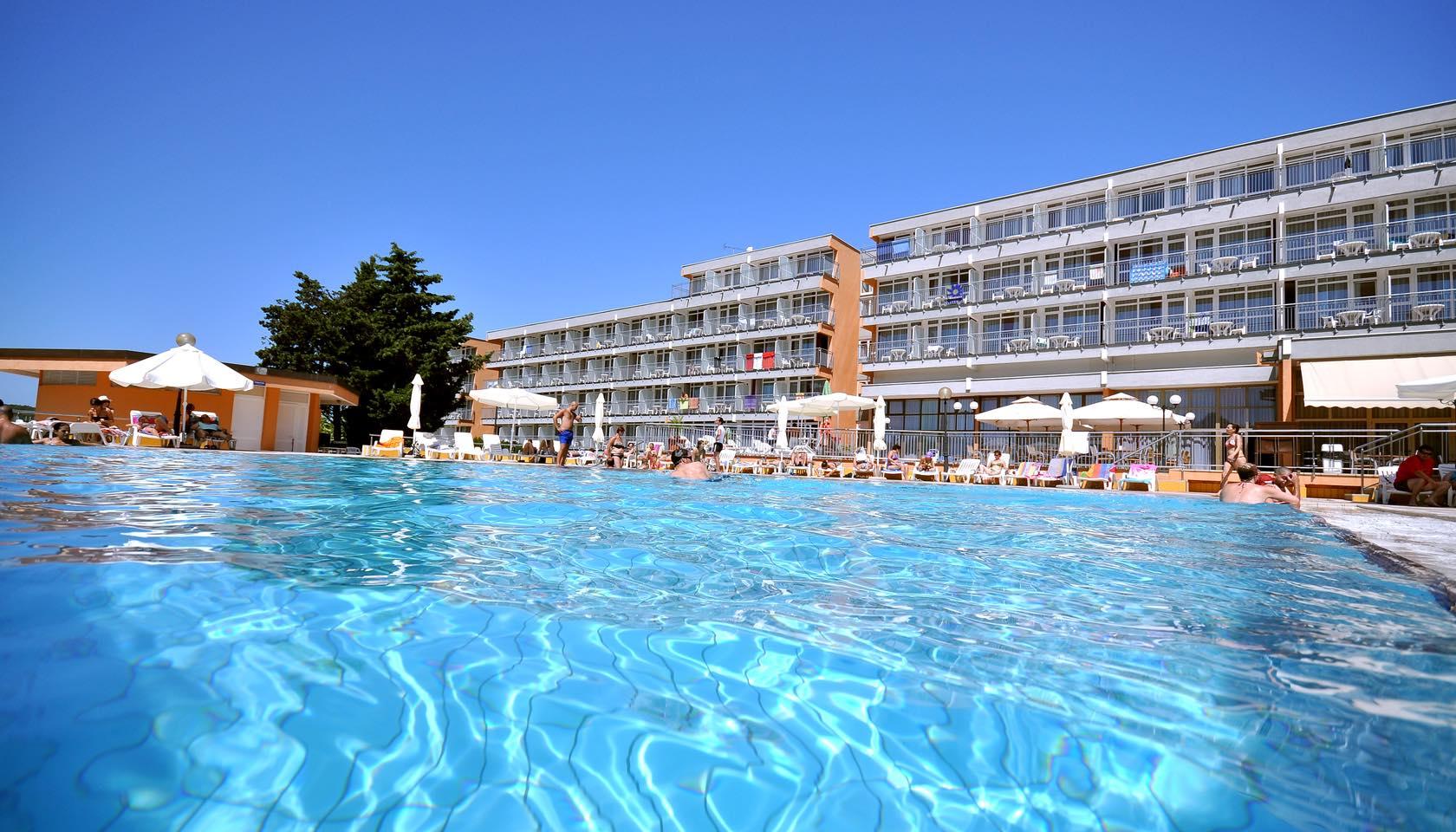 Belvedere Beach Resort Promo Code